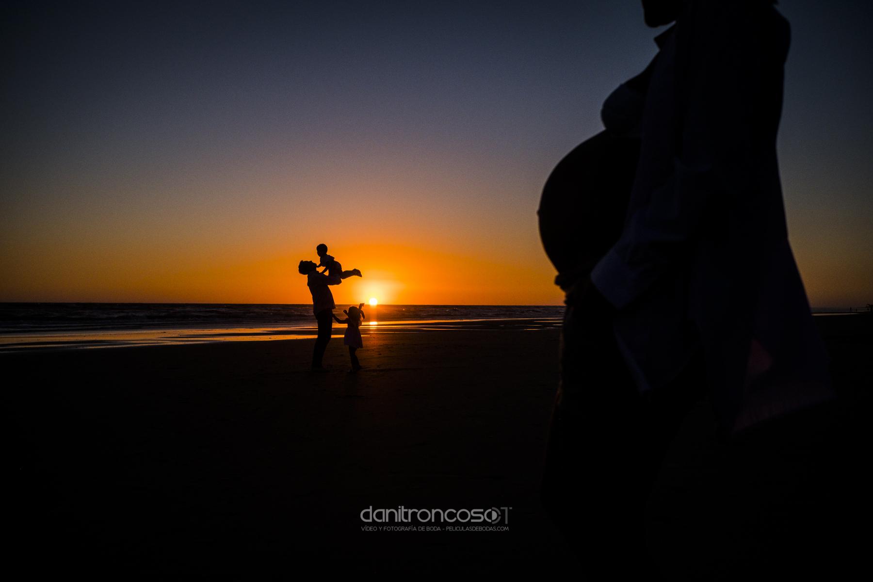 REPORTAJE FAMILIAR MARÍA, OSCAR Y FAMILIA | FOTOGRAFÍA EN CÁDIZ
